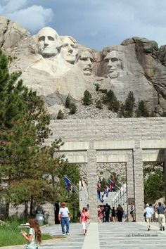 Mt Rushmore - Road Trip 2014 - Yellowstone or bust   My sweet granddaughter Izzy is at right now.