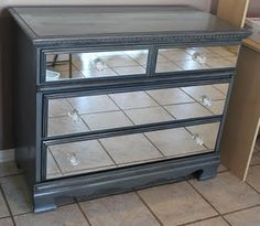 Give an old dresser a new look by adding mirrors to the drawers!....gotta read this one, how does one do this?
