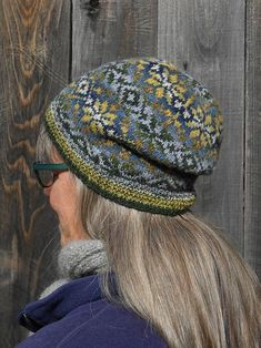 Ravelry: October Storm Cap pattern by Janine Bajus Fair Isle Knitting Patterns, Fair Isle Pattern, Knit Patterns, Stitch Patterns, Knitting Yarn, Hand Knitting, Vintage Knitting, Knit Stranded, Knit Crochet