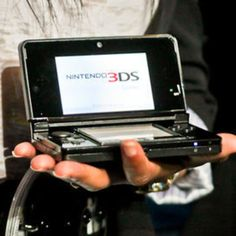 R4 card is the most important equipment for your Nintendo 3DS. Buy it @ great price.