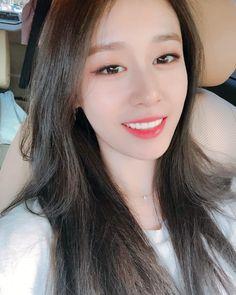 Only Jiyeon ( Kpop Girl Groups, Kpop Girls, Korean Girl, Asian Girl, Park Ji Yeon, T Ara Jiyeon, Korean Makeup, Korean Actresses, Pretty Men