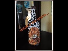 RECICLANDO BOTELLA     ......Recycling glass bottle....