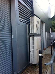 Double Stacked Mitsubishi Electric Air Conditioning Outdoor Units by Nottingham Air Conditioning, via Flickr