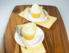 Beehive Honey-Kissed Yellow Cupcakes with Meringue Frosting