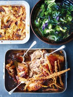Overnight Roasted Pork Shoulder recipe by Jamie Oliver Nigella, Roast Recipes, Cooking Recipes, Meal Recipes, Sunday Roast Dinner Recipes, Cooking Pork, Game Recipes, Ketogenic Recipes, Chicken Recipes