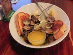Seafood Restaurant & Clam Chowder - Fish & Chips   Newport, OR  http://www.oregonbeachvacations.com/