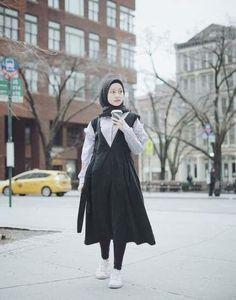 60 new ideas fashion show muslim hijab Hijab Casual, Hijab Chic, Ootd Hijab, Hijab Elegante, Korea Dress, Hijab Fashion Inspiration, Fashion Ideas, Diy Fashion, Fashion Design