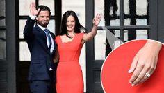 Prince Carl Philip of Sweden & Sofia Hellqvist are engaged! #RoyalWedding summer 2015 http://www.expressen.se/ pic.twitter.com/SHLk9dslMJ