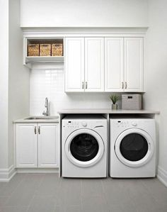 Awesome Charming Small Laundry Room Design Ideas For You. room design layout Charming Small Laundry Room Design Ideas For You Laundry Room Tile, Tiny Laundry Rooms, Laundry Room Layouts, Laundry Room Remodel, Basement Laundry, Laundry Room Organization, Laundry Room Design, Laundry Room Small Ideas, Laundry Room With Sink