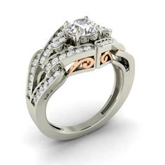 Round SI Diamond Engagement Ring in 14k White Gold with VS Diamond