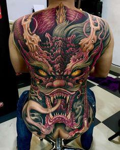 45 Awesome Back Tattoos For Men Mens Body Tattoos, Badass Tattoos, Skull Tattoos, Body Art Tattoos, Tatoos, Backpiece Tattoo, Biomechanical Tattoo, Irezumi Tattoos, Back Tattoos For Guys