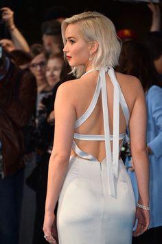 Jennifer Lawrence at the premiere of 'X-Men : Apocalypse' in London, 2016 Jennifer Lopez Bikini, Jennifer Lawrence Hot, Hottest Female Celebrities, Girl Haircuts, Beauty Full Girl, Girl Crushes, Hollywood Actresses, Beautiful Actresses, Blond