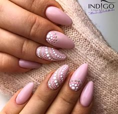 French Pink Gel Polish by Indigo Educator Anna Leśniewsk