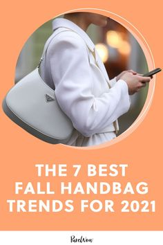 Here you'll find the seven hottest fall handbag trends to give your wardrobe a super stylish boost, no matter your budget. #handbags #purses #bags Fall Handbags, Trendy Handbags, Classic Handbags, Trendy Fashion, Autumn Fashion, Fashion Trends, Bucket Bag, Best Tote Bags, How To Make Handbags
