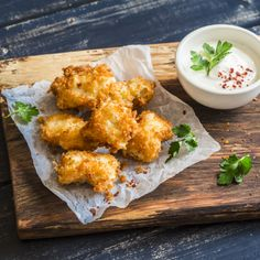 Fish Egg Pakora Recipe- Learn how to make Fish Egg Pakora step by step on Times Food. Find all ingredients and method to cook Fish Egg Pakora along with preparation & cooking time. Seafood Recipes, New Recipes, Vegan Recipes, Iftar, How To Make Fish, Omega 3, Pakora Recipes, Evening Snacks, Nutrition