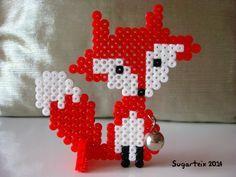 Zorrito rojo con cascabel y soporte para lucirlo como adorno en cualquier rincón de tu casa. Si te gusta puedes adquirirlo en nuestra tienda on-line: http://www.mistertrufa.net/sugarshop/ Ver más en: http://mistertrufa.net/librecreacion/groups/hama-beads/