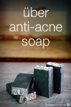 Über Anti-Acne Soap After years of DIYing, I've got a pretty good cache of acne-fighting ingredients. From clays to herbs to essential oils, my basement cupboards are a veritable arsenal of zit-busting weaponry, and these bars of soap have it all. Making Bar Soap, Soap Making Recipes, Homemade Soap Recipes, Homemade Bar, Diy Savon, Savon Soap, Acne Soap, Homemade Beauty Products, Cold Process Soap