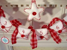 Today it's all about the Christmas Calendar or the Advent. Here are 8 Christmas calendar tutorials you can make to count down to Christmas! Christmas Makes, Christmas Past, Felt Christmas, All Things Christmas, Christmas Holidays, Christmas Decorations, Christmas Ornaments, Christmas Ideas, Christmas Countdown