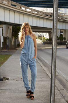 Heute ist der Tag … für einen Statement-Look! Stylisch im angesagten Denim allover, rockig mit Destroyed-Effekten, klassische Blue-Jeans oder pastellfarbener Frühlingstraum.