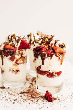 The ultimate Strawberry Sundae is here with balsamic strawberries, homemade whipped cream, chocolate sauce, and roasted pistachios! Strawberry Sundae, Homemade Whipped Cream, Pudding Desserts, Summer Treats, Ice Cream Recipes, Roast, Sweet Treats, Pistachios