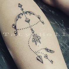 32 Ideas For Tattoo Wrist Name Baby Mini Tattoos, Trendy Tattoos, Body Art Tattoos, Small Tattoos, Tattoos With Kids Names, Tattoos For Women, Tattoos Pinterest, Sagittarius Tattoo Designs, Watercolour Tattoo Men