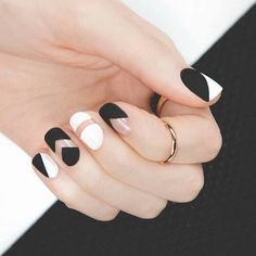 NAILS SUMMER #black #white #negativespace