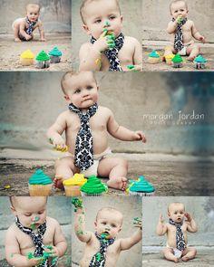 Smash cupcake 1st birthday & damask print tie....TOO CUTE! By Morgan Jordan Photography, Dallas Photographer