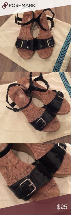 Easy spirit sandals Very good conditioned wedge sandals, patent leather, comfortable and chic✨ Easy Spirit Shoes Sandals