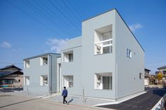 'ridge apartment complex' by SNARK + OUVI in takasaki city, gunma, japan