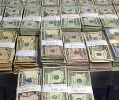 إكسب 1800 ريال كل 15 دقيقة بدون بذل أي جهد ! سّجل مجاناً Pics Of Money, Money Pictures, My Money, Make Money Online, How To Make Money, Money Bill, Gold Bullion, Gold Coins, Drugs