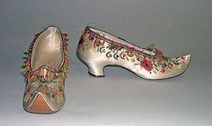 127 fantastiche immagini su Shoes 1800 | Scarpe, Vecchie