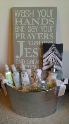 Theme basket for the church mission auction! Theme basket for the church mission auction! Theme Baskets, Themed Gift Baskets, Gift Basket Themes, Fundraiser Baskets, Raffle Baskets, Auction Fundraiser Ideas, Silent Auction Baskets, School Auction Baskets, School Auction Projects