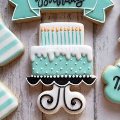 Ideas birthday cake decorating ideas cookie cutters for 2019 - Cake Decorating Cupcake Ideen Birthday Cake Cookies, Vanilla Birthday Cake Recipe, Easy Birthday Cake Recipes, Happy Birthday Cookie, Funny Birthday Cakes, Cookie Cake Birthday, Homemade Birthday Cakes, Birthday Cake Decorating, Cupcake Cookies