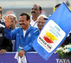 Cheer! Run ! Dance ! Dress Up! - Bangalore Runs as One. Celebrates as One