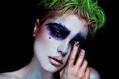 Extravagant Cyborg Editorials : glassbook magazine