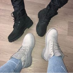 51 Fashionable Casual Shoes Ideas For Ending Your Summer Pretty Shoes, Cute Shoes, Me Too Shoes, Heeled Boots, Shoe Boots, Shoes Heels, Black Timberland Outfits, Timberland Boots Women, Luxury Lifestyle Fashion