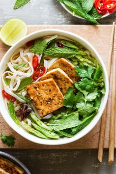 Vegan pho with spicy tofu is a delicious, filling and naturally gluten-free dish. The broth is full of umami thanks to a couple of very simple tricks.