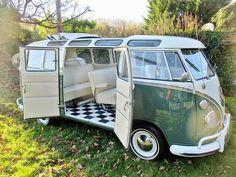 1966 Volkswagen Type 2 Splitscreen Sunroof | VW Bus