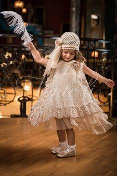 Girls Dresses, Flower Girl Dresses, Bb, Wedding Dresses, Fashion, Dresses Of Girls, Bride Dresses, Moda, Dresses For Girls