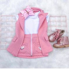 No photo description available. Dresses Kids Girl, Little Girl Outfits, Kids Outfits Girls, Cute Outfits For Kids, Toddler Girl Outfits, Baby Girl Fashion, Toddler Fashion, Kids Fashion, Cute Toddler Girl Clothes