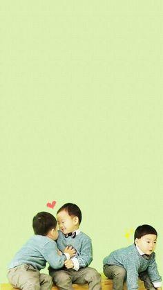 Daehan minguk manse Triplet Babies, Superman Kids, Song Triplets, Miss You Guys, Cute Kids, Nerdy, Songs, Kpop Boy, Bb