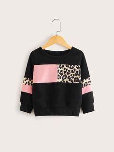 Toddler Girls Contrast Panel Leopard Pattern Sweatshirt For , Kids Fashion, Fashion Outfits, Pop Fashion, Trendy Hoodies, Girls Winter Coats, Designs For Dresses, Leopard Pattern, Black Pattern, Kids Outfits Girls