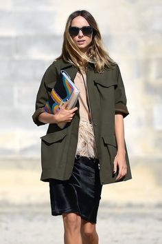 Le Fashion Blog Paris Street Style Candela Novembre Sunglasses Green Army Jacket Pink Feathered Top Paula Cademartori Clutch Black Textured Skirt photo Le-Fashion-Blog-Paris-Street-Style-Candela-Novembre-Sunglasses-Green-Army-Jacket-Pink-Feathered-Top-Paula-Cademartori-Clutch-Black-Textu.jpg