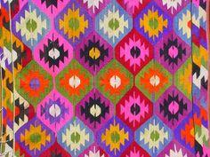 VINTAGE Turkish Kelim Rug Carpet Handwoven Kilim by sofaART, $429.00