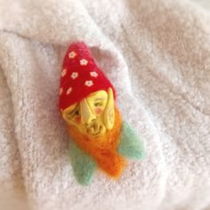 Needle felted woodland pin. Broosh elf with flowers, eclectic jewelry