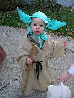 Super Savings DIY Star Wars Costumes (Baby Yoda Princess Leia Mace Windu and an Ewok)  sc 1 st  Pinterest & Adorable Ewok costume costume plus 65 more diy costume ideas ...