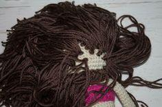 How to Attach Hair to a Crochet Doll - thefriendlyredfox.com
