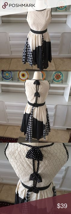 """Anthropologie Ryu crochet and plaid dress This dress is darling, lined, adorable bows on the back.  Side zipper.  Measures 38"""" long and 18"""" armpit to armpit Anthropologie Dresses Midi"""