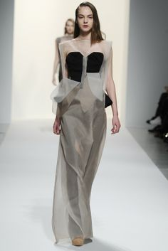 Chalayan RTW Fall 2014 - Slideshow - Runway, Fashion Week, Fashion Shows, Reviews and Fashion Images - WWD.com