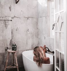 DIY Bathroom Tiles Design to Inspire Small Decorate Bali, Bathroom Tile Designs, Bathroom Ideas, Bathroom Inspiration, This Is Your Life, Bubble Bath, Style Vintage, Clawfoot Bathtub, Me Time